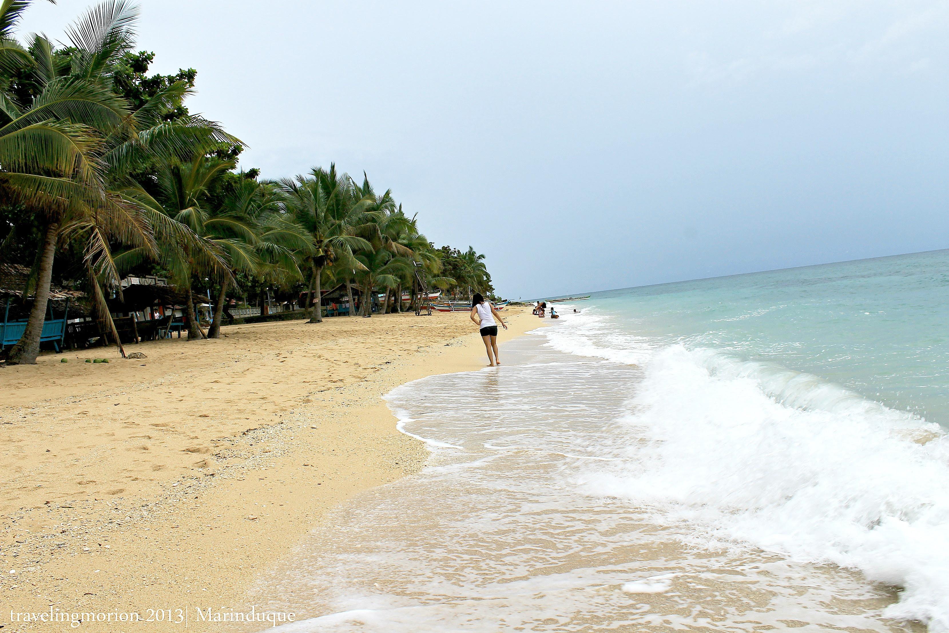 Poctoy White Beach in Torrijos