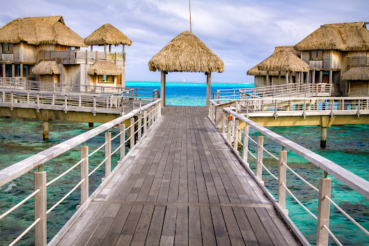Pros & Cons of Over-Water Villa Hotels - Eat Work Travel