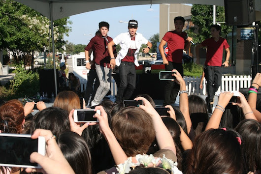 "Teen Vogue's 2nd Annual "" Simon Back At It featuring IM5 Band  at Domain II """
