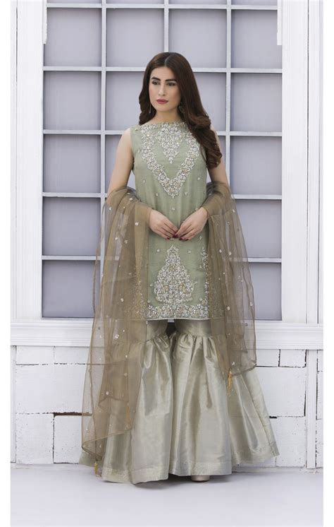 EXCLUSIVE PISTA GREEN AND DULL GOLD BRIDAL WEAR   SDBD02