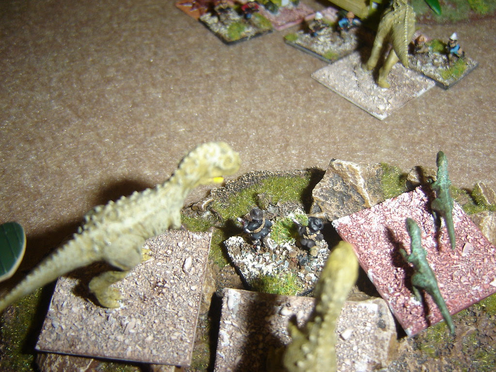 Carnosaurs and Raptors fight over American leader