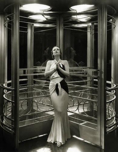 Joan Crawford, 1932
