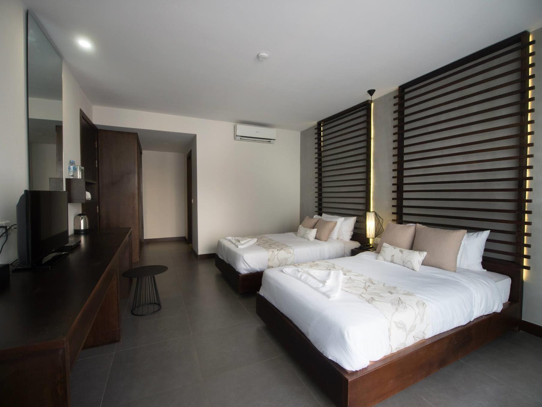 Discount Ren Resort
