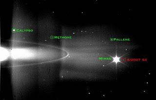 Descubierta nueva luna en Saturno