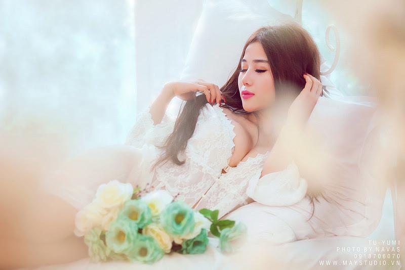 Hot girl Tú Yumi khoe ngực khủng gây kích thích 3