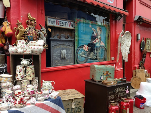 Antiques and Collector Fairs on the English Riviera | Bedford Holiday Apartments | Numagoo World