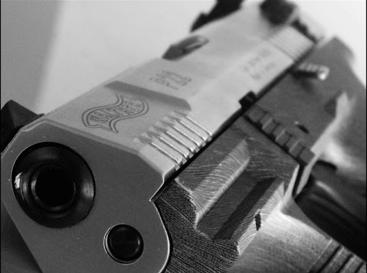 Writing About Guns: 10 Errors to Avoid in Your Novel