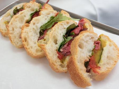 ドンク 松菱,松菱百貨店 ドンク,ドンク 人気フランスパン,フランスパンの食べ方,ドンク シモン