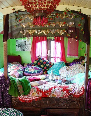 ThatBohemianGirl - My Bohemian Home Gypsy caravan decor. I'd love ...