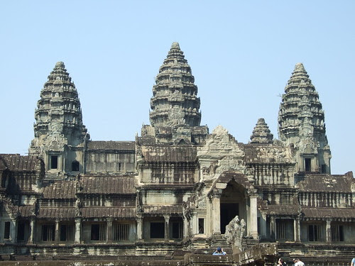 Angkor Wat 3-tiered pyramid