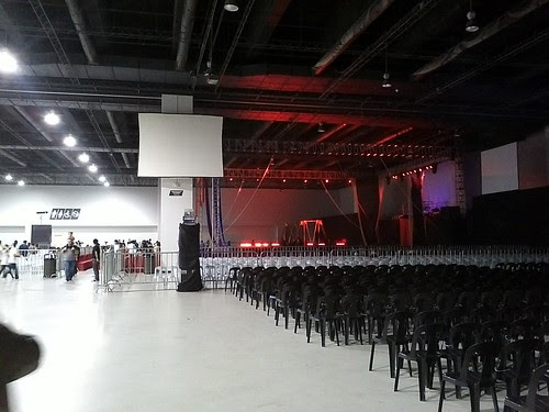 Inside smx venue of uncle sam flying circus by popazrael