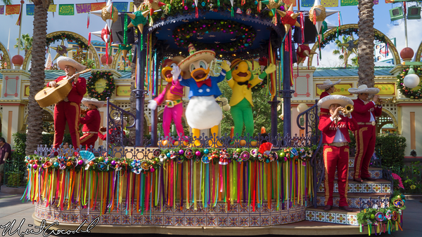 Disneyland Resort, Disney California Adventure, Paradise Pier, Viva Navidad, 2014, Christmas Time, Christmas