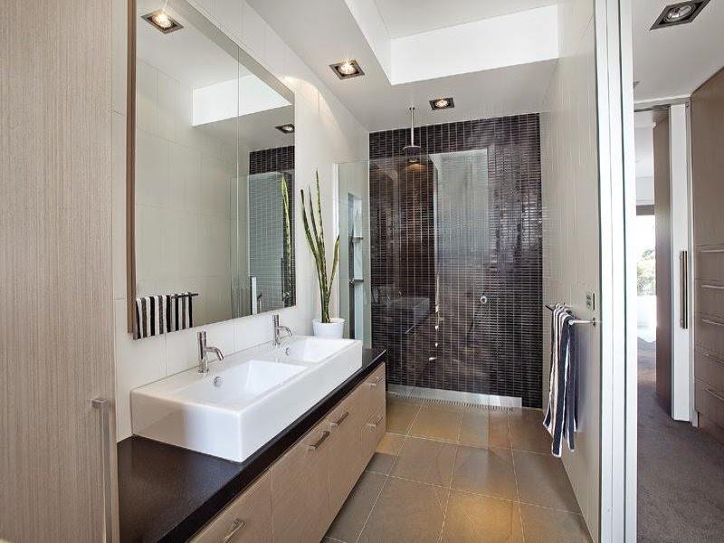 Modern bathroom design with twin basins using ceramic - Bathroom ...