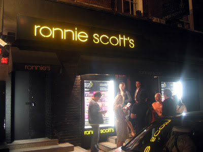 ronnies02.jpg