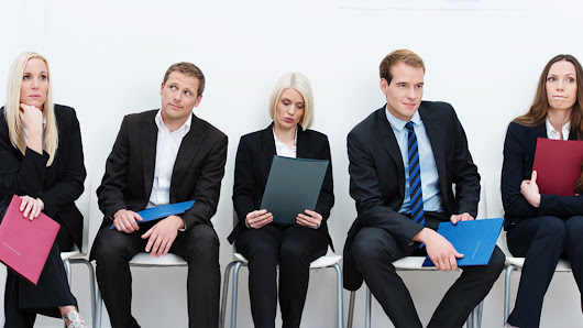 5 Warning Signs You're Interviewing the Wrong Candidate | PrintRunner Blog