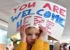 Trump se enroca en el veto migratorio pese al revés judicial y el estupor global