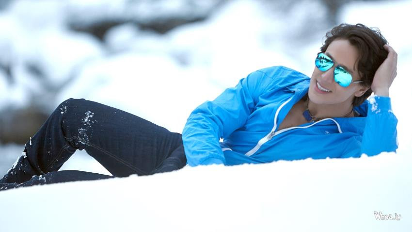 Tiger Shroff Blue Jacket With White Snow Background Hd Wallpaper