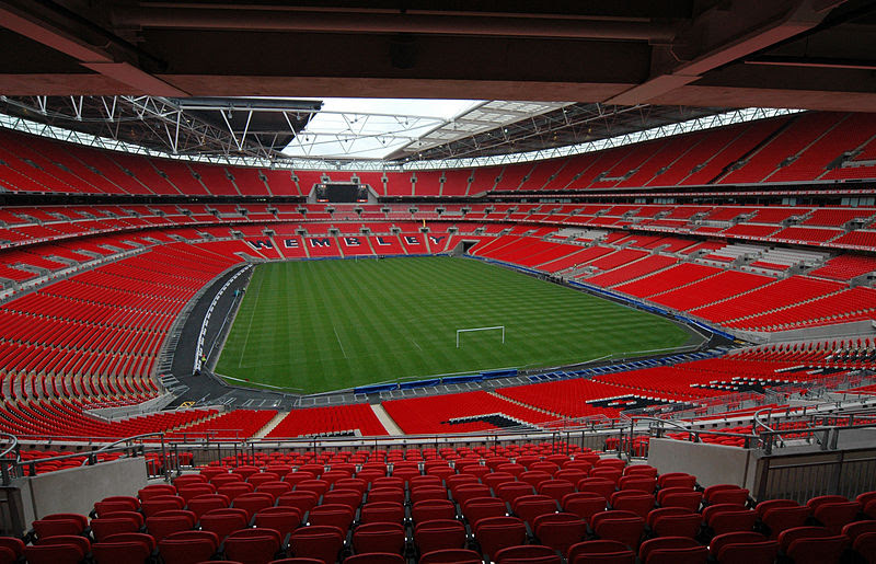Archivo:Wembley Stadium interior.jpg