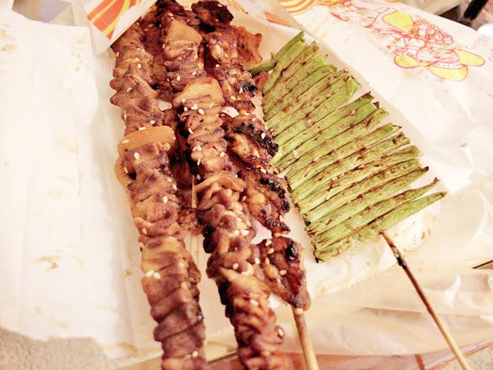 bbq food at shilin night market