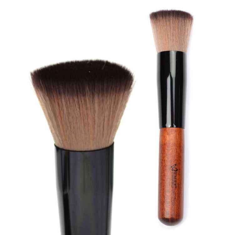 Useful makeup tips - How to apply liquid foundation with a ...