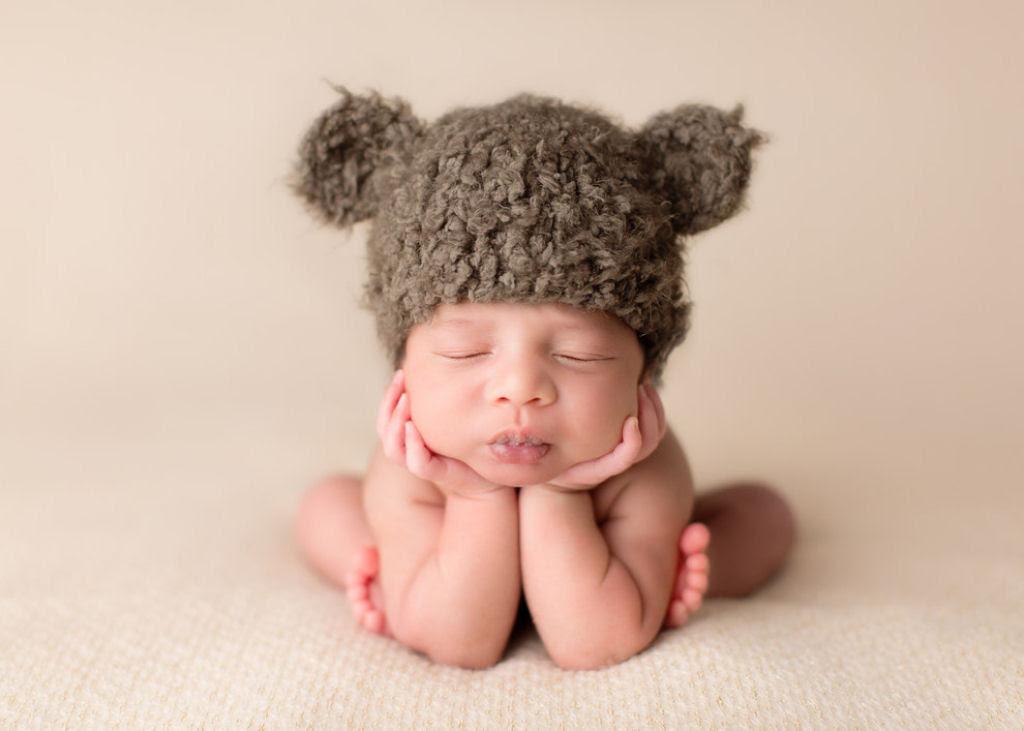 Fotógrafa britânica cria retratos insuportavelmente ternos de bebês dormindo 08