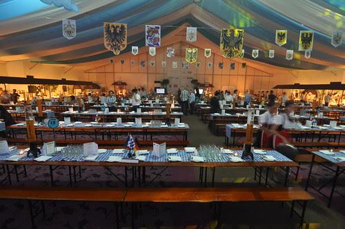 Oktoberfest_beer garden (2)