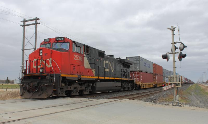 CN 2536 in Winnipeg