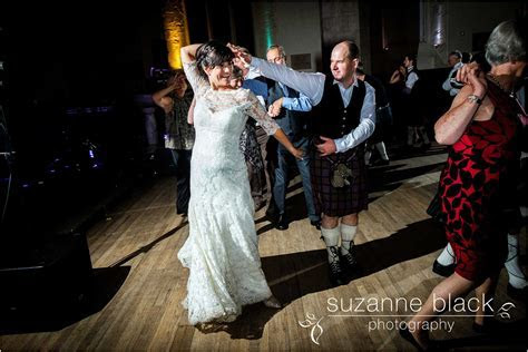 Greyfriars Kirk Wedding Photography By Suzanne Black