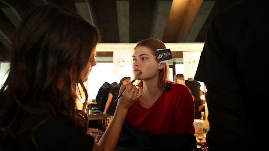 Mercedes-Benz Fashion Week Sydney: The hair and makeup looks that work off the runway