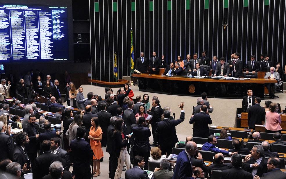 O plenário da Câmara, durante a sessão desta terça (18) (Foto: Luis Macedo/Câmara dos Deputados)