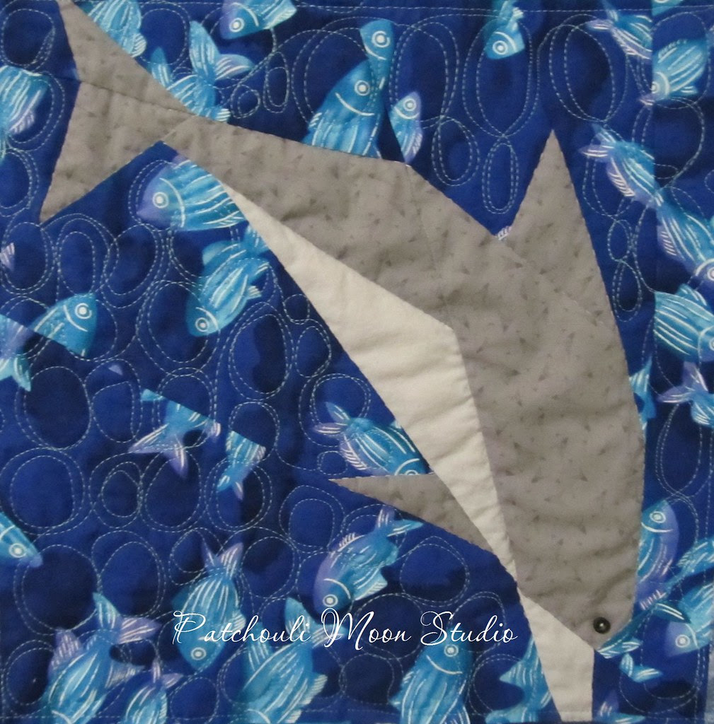 Dolphin quilt (3)