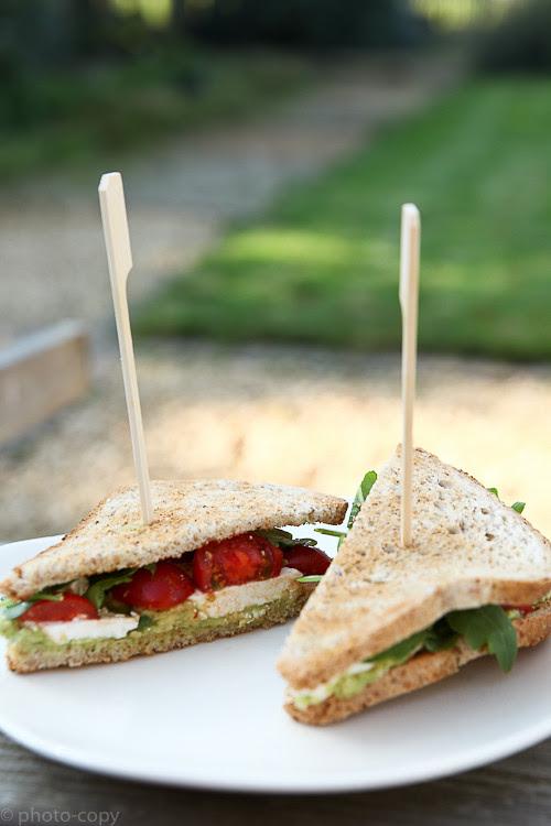 avocado ricotta sandwich
