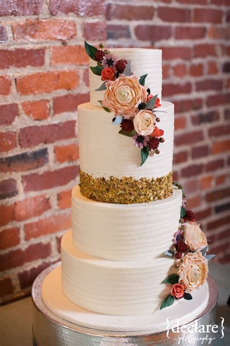 Find The Perfect Wedding Cake Ideas For Your Big Day