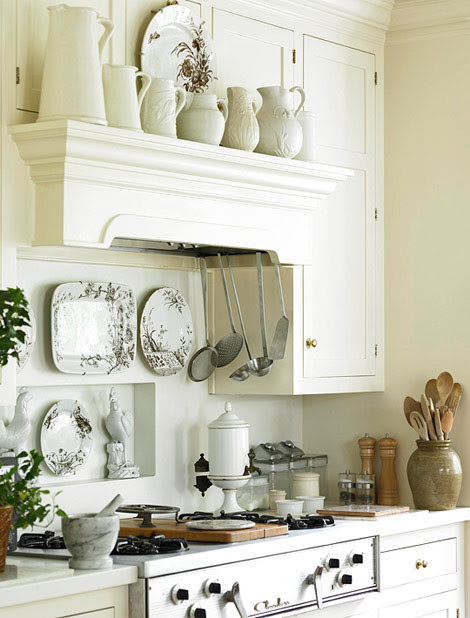 Marielle traditional kitchen