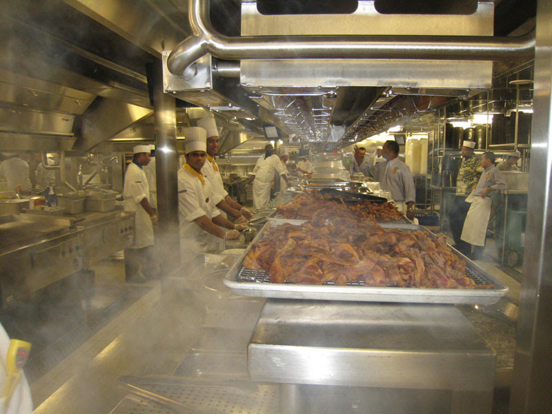 allure of the seas kitchen (1)