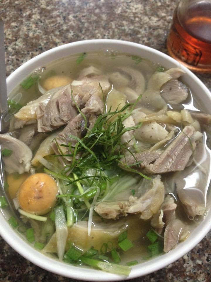 bát phở 300 nghìn ở Hà Nội, những quán phở chặt chém ở Hà Nội,quán ăn chặt chém