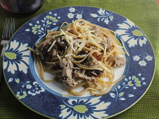 Leftover Turkey Pasta with Mushrooms #SundaySupper | Cooking Chat