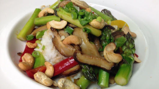Now You're Cooking: Shiitake mushroom asparagus stir fry