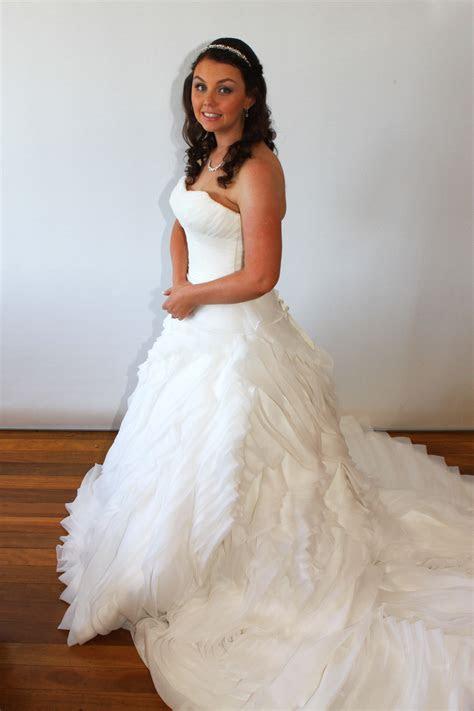 winnie bridal size  ball gown dress  hand
