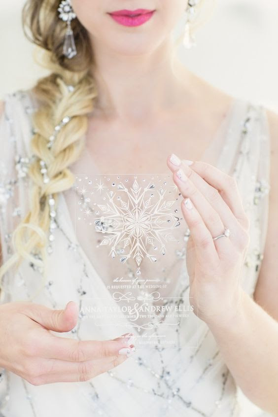 ein Glitzernder Acryl Hochzeit einladen, mit einer Schneeflocke und viel Strass