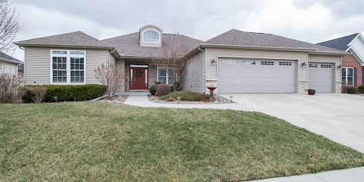 Brivity - 3708 Helen Bloomington, IL - 61704