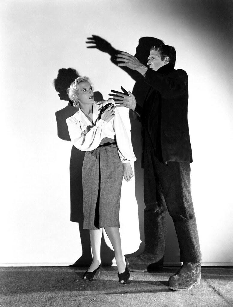 Frankenstein Meets the Wolf Man (Realart, R-1949) 4