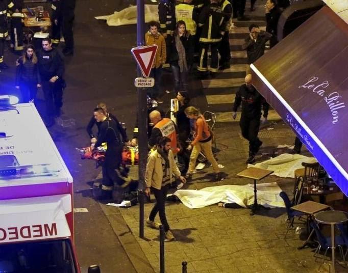 Dois brasileiros ficaram feridos na série de atentados, segundo informou a embaixada do Brasil na França. Um deles foi operado e teria perdido muito sangue. O outro sofreu ferimentos, mas não corre risco de morte