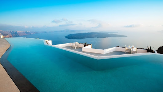 Review of Grace Santorini (Greece) - the Luxury Travel Expert