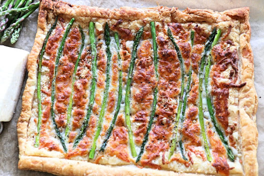 Easy 5 ingredient Asparagus Tart | Meatless Monday - The Kitchen Docs