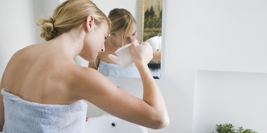 How To Use A Neti Pot (Without Getting Grossed Out)