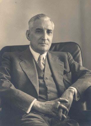 Salazar, leader del regime fascista portoghese sconfitto da Soares