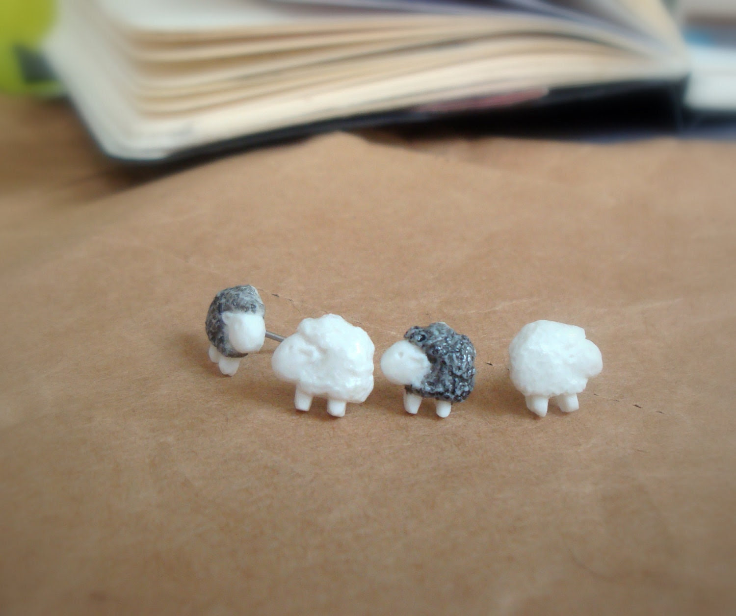 earring studs - Sheep in porcelain - TwoTreesWorld