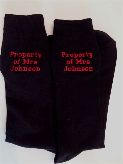 MENS PERSONALISED EMBROIDERED WEDDING SHORT MESSAGE SOCKS