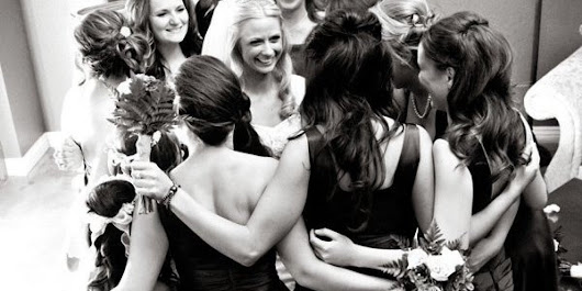 25 Reasons To Appreciate Your Best Friends On Your Wedding Day